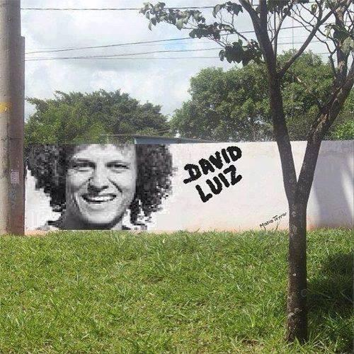 http://footballburp.com/wp-content/uploads/2013/06/david-luiz-wall-mural-with-tree.jpg