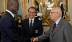 Mario Balotelli can't put on his shorts, but did meet Giorgio Napolitano