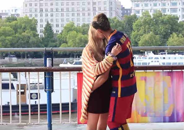 Neymar lookalike kisses a girl