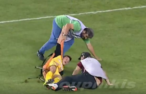 Ergotelis player dropped from stretcher in their 2-1 defeat to AE Larissa