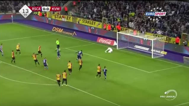 Jean-François Gillet, Mechelen goalkeeper, saves 3 penalties