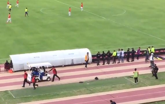 Enner Valencia chased by police over alleged unpaid child maintenance during Ecuador 3-0 Chile, World Cup qualifier
