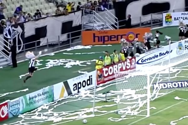 Ceará club mascot makes flying save behind goal at Fortaleza