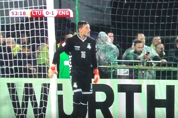 Lithuania goalkeeper walks into a post before taking goal kick in 0-1 defeat to England