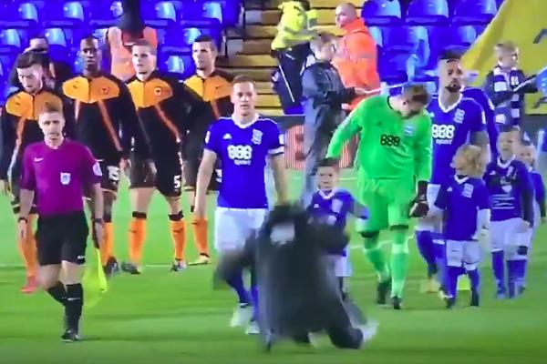 Photographer falls over backwards before kick-off in Birmingham 0-1 Wolves