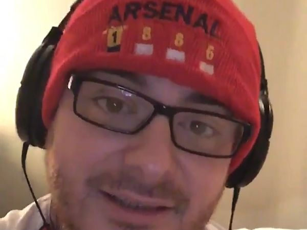 Arsenal fan sings Aubameyang song to tune of Bonnie Tyler's Total Eclipse of the Heart, to welcome new signing