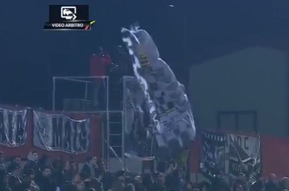 Flag blocks camera during Aves v Boavista, scuppering VAR decision