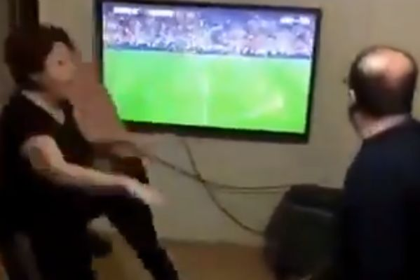 Galatasaray fan smashes chair, gets scolded by wife