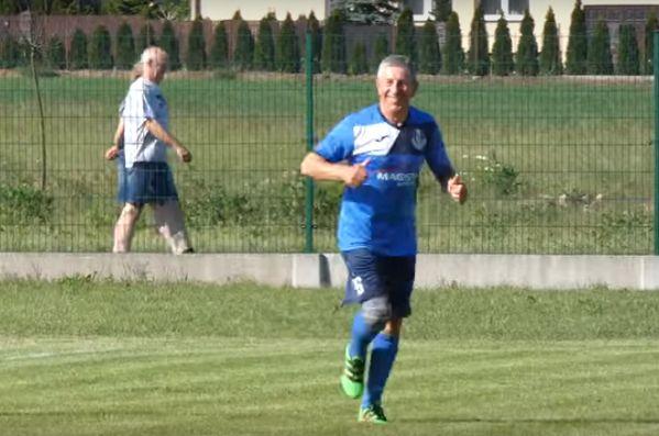 71-year-old Bogdan Głąbicki celebrates goal