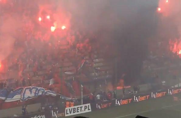 "Wisła Kraków fans accidentally burn banner saying ""we will never burn"""