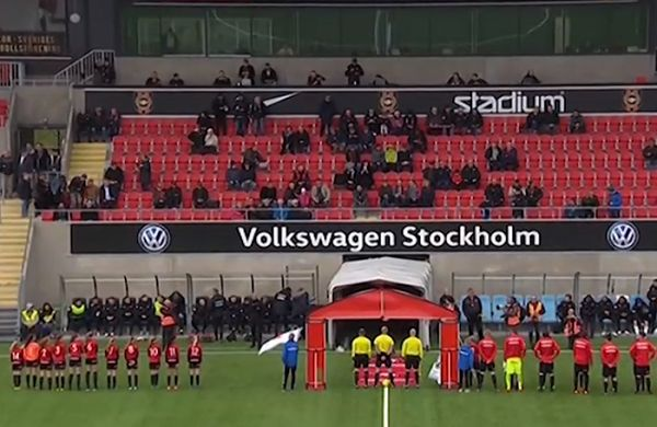 Östersund fail to show up for their pre-match handshake with IF Brommapojkarna
