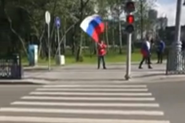 Egypt fans chase Russian with flag at World Cup