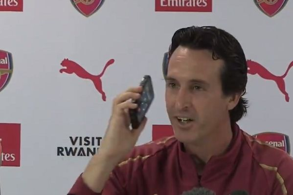 Arsenal boss Unai Emery answers journalist's phone in press conference before trip to Cardiff