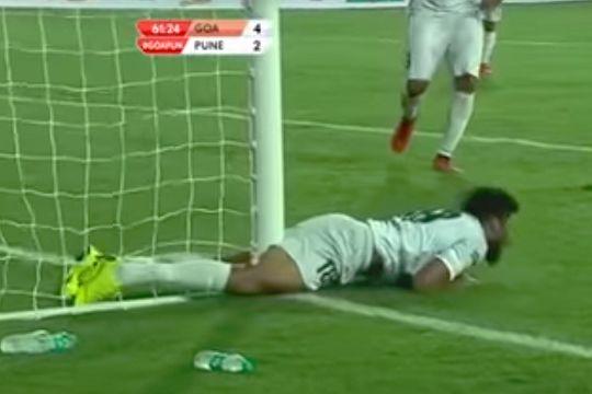 Pune City's Ashutosh Mehta hits the goalpost in an ISL game at Goa