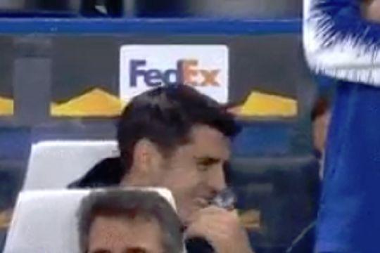 Álvaro Morata tells Ross Barkley a story while sitting on the Chelsea bench against BATE Borisov