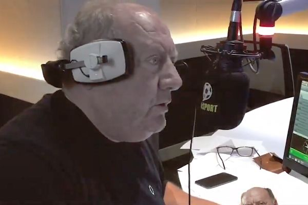 Alan Brazil tells a story about a ghost cat on his talkSPORT breakfast show