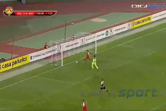 Astra's Valentin Gheorghe steals a goal off his teammate but has it disallowed in the Cupa României Round of 16 at U Cluj