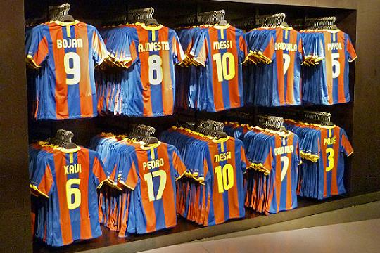 A man was seen wearing a Barcelona shirt with number 4 Ramos on the back