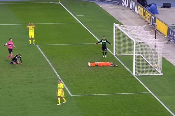 Chievo goalkeeper doesn't stop an own goal after Emanuele Giaccherini chested it back to him during a game against Sassuolo
