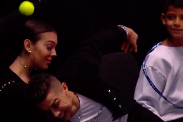 Cristiano Ronaldo drops catch at tennis match