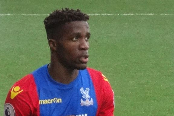 A photo of Aaron Wan-Bissaka was used in an i newspaper article about Wilfried Zaha's claims of being racially abused