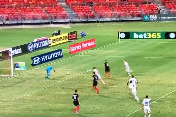 Cameras miss Jaushua Sotirio's goal for Western Sydney Wanderers against Central Coast Mariners
