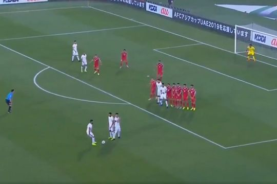 Jordan free-kick routine ends with missed shot during 2-0 win over Syria at the 2019 Asian Cup