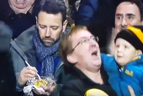 Wolves fan carries on eating pie after Rúben Neves scores winner against Liverpool