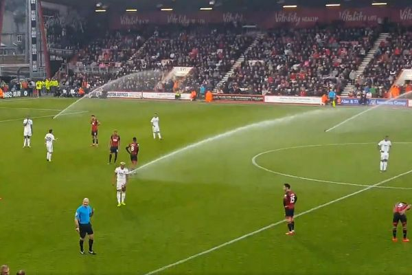 The sprinklers are switched on during Bournemouth 1-1 Wolves