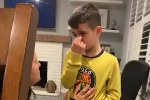 Young American Everton fan cries after hearing about their 3-2 defeat to Newcastle