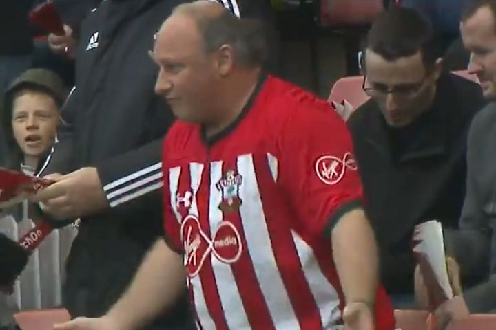 Southampton fan dances to Firestarter by Prodigy at St Mary's before 2-1 win over Spurs
