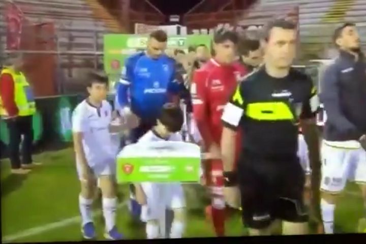 A Hellas Verona mascot walked into the stand for the match ball at Perugia Calcio