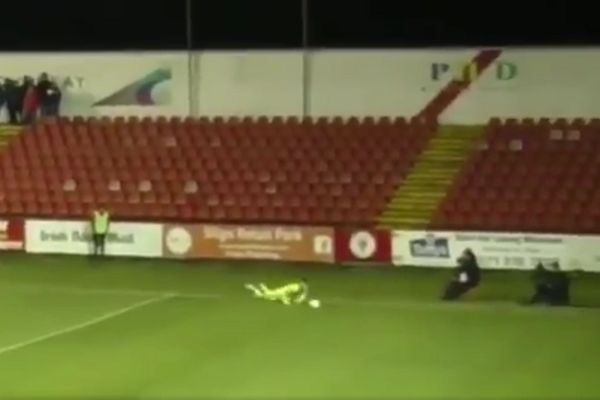 Waterford goalkeeper trips and keeps the ball in play with his head during 0-0 draw at Sligo Rovers