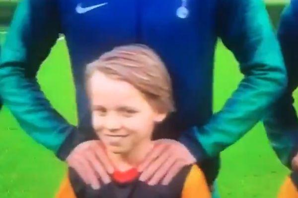 Son Heung-min massages a mascot before Ajax 2-3 Tottenham Hotspur in the Champions League semi-finals