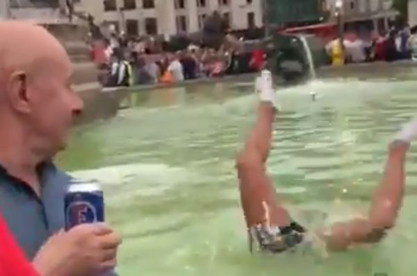 Sunderland fan cuts his head diving into the fountain at Trafalgar Square before their League One play-off final defeat to Charlton