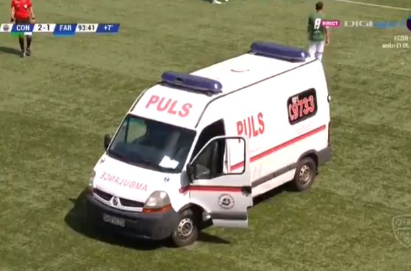 Ambulance driver goes missing as a player is injured during Concordia vs Farul in Romanian Liga II