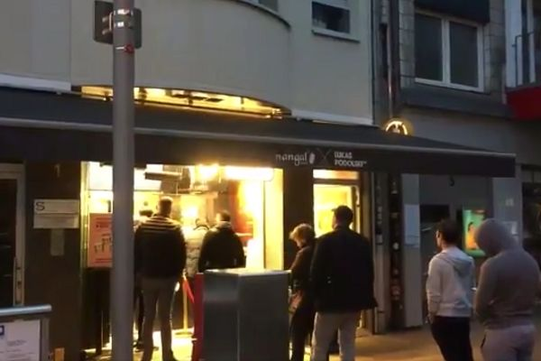 Reporter provides update from Lukas Podolski's kebab shop in Cologne