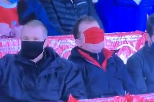 Arsenal fan puts mask over his eyes in final minutes of 0-1 defeat to Burnley
