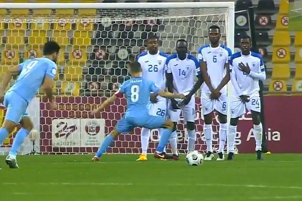 Al-Wakrah free kick goal against Al Kharaitiyat disallowed for player dancing in front of wall