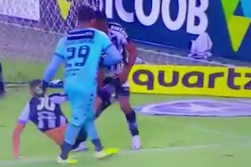 Botafogo players carry injured teammate off pitch