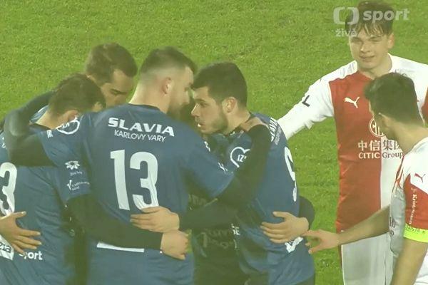 Slavia Karlovy Vary score from innovative corner routine in 10-3 defeat to Slavia Prague