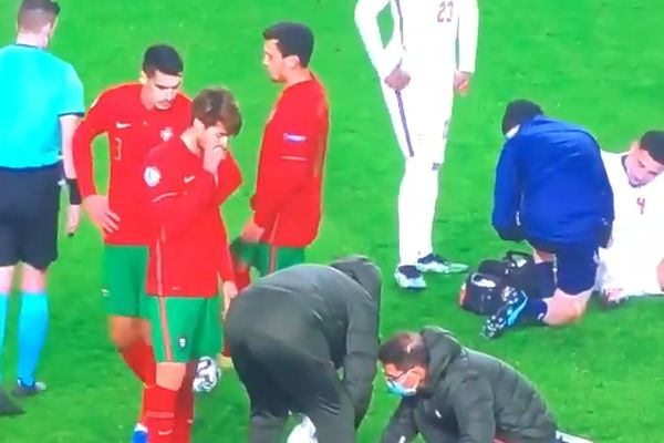 Portugal U21 midfielder Pedro Gonçalves nutmegs the referee during game against England
