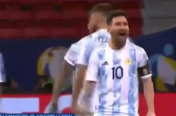 Lionel Messi taunts Yerry Mina after his penalty miss in Argentina vs Colombia shootout